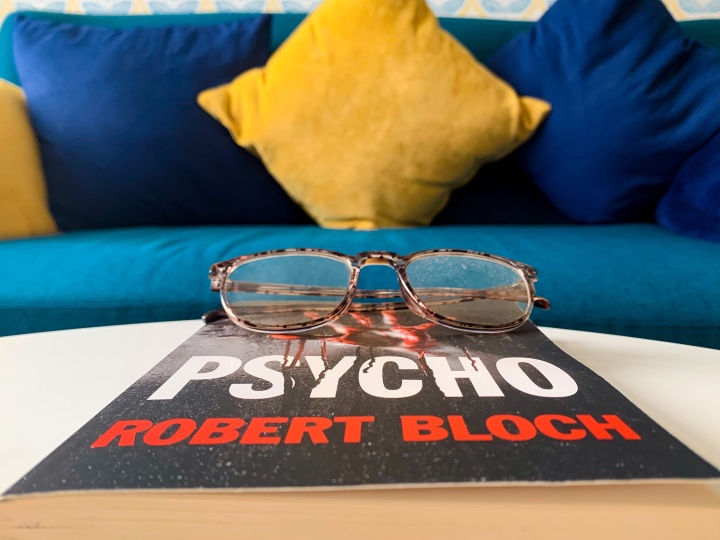 Review: Psycho by RobertBloch